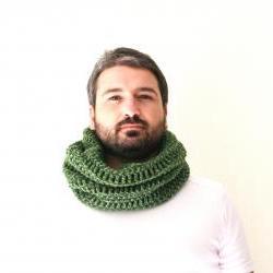 Neckwarmer or Cowl Green Crocheted, Unisex